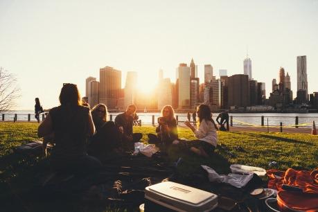 picnic-1208229_1920